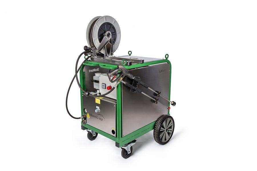 Ein Hochdruckreiniger mit einem zusätzlichen Tank zur Unkautvernichtung von der Firma Mantis aus Geesthacht.