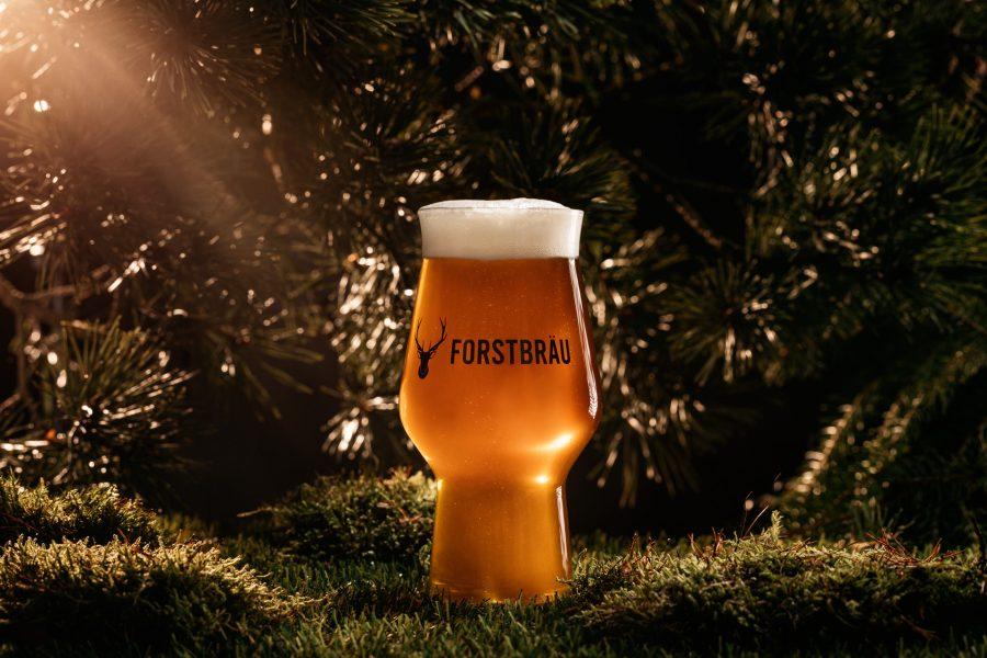 Frisches, kaltes, kühles Bier von Fortstbräu